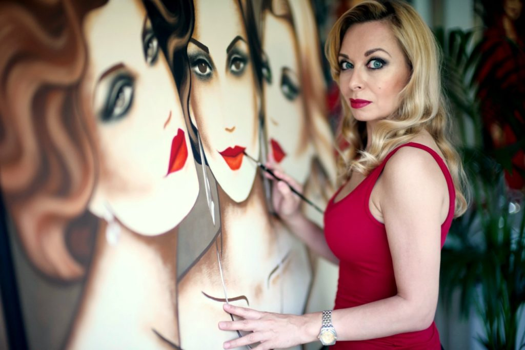 Ekaterina More ist eine faszinierende Künstlerin.