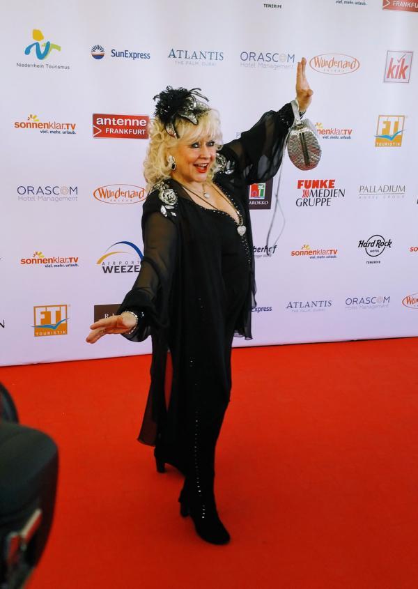 Eva Jacob auf dem roten Teppich der Goldene Sonne 2018 Verleihung