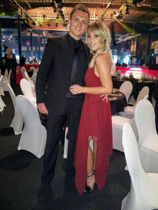 Annemarie Eilfeld präsentierte ihren neuen Freund Tim auf der Goldene Sonne 2018 Gala
