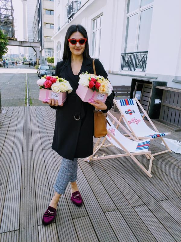Vardi Flowers, Lika Dzhalagoniya
