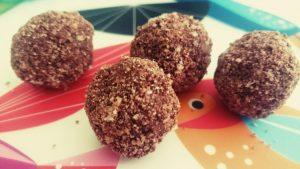 Schokoladen-Rohkost-Pralinen