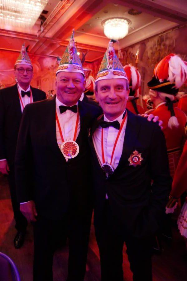 Ex-Air Berlin Chef Achim Hunold und OB Thomas Geisel auf dem prinzenball 2020
