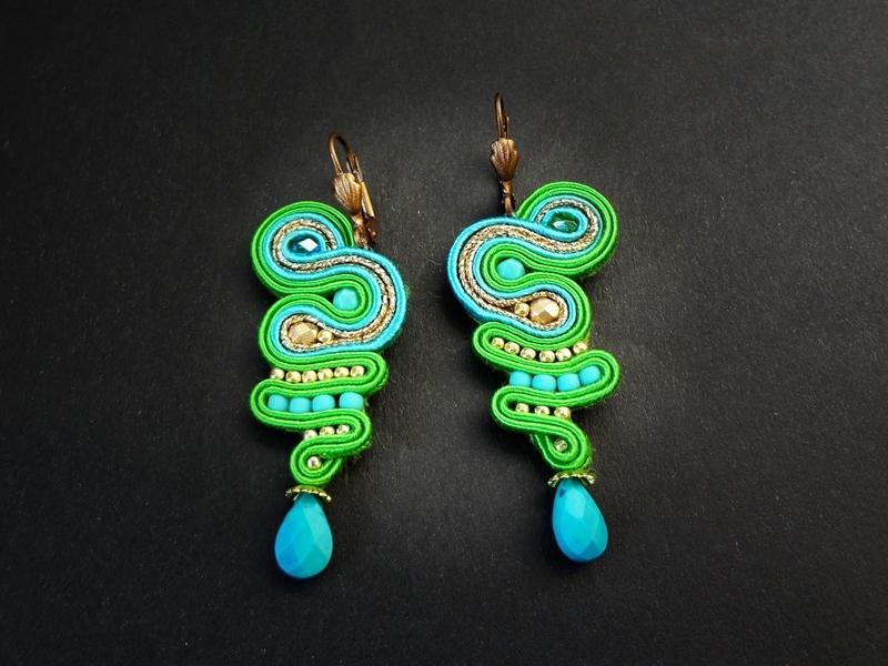 Soutache Ohrringe grün Schlange