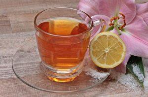 Tee trinken bei Erkältung