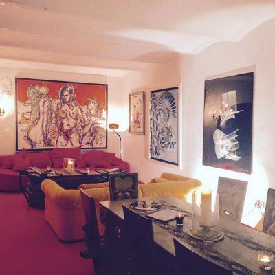 Gemütliches Flair in der Tollmann Galerie.
